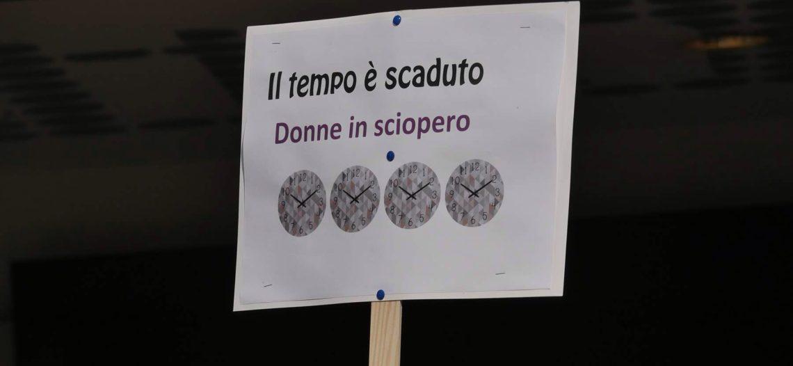 8*M Il tempo è scaduto. Flashmob a Lugano